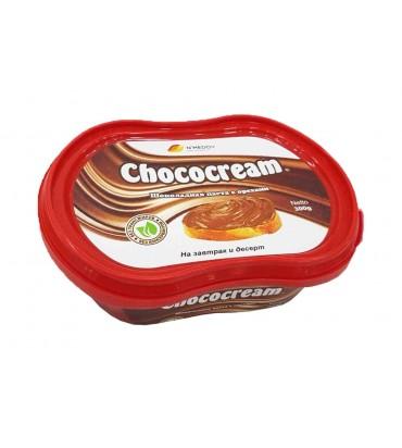 Шоколадная паста с орехами...